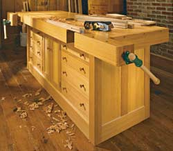 Classic Cabinet-Base Workbench