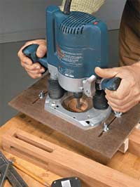 Using a Plunge Router