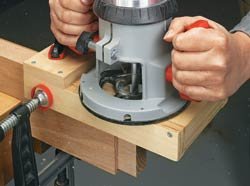 Easy, Accurate Tenons with a Router