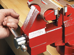 Shop-Made Vise Jaw Liners